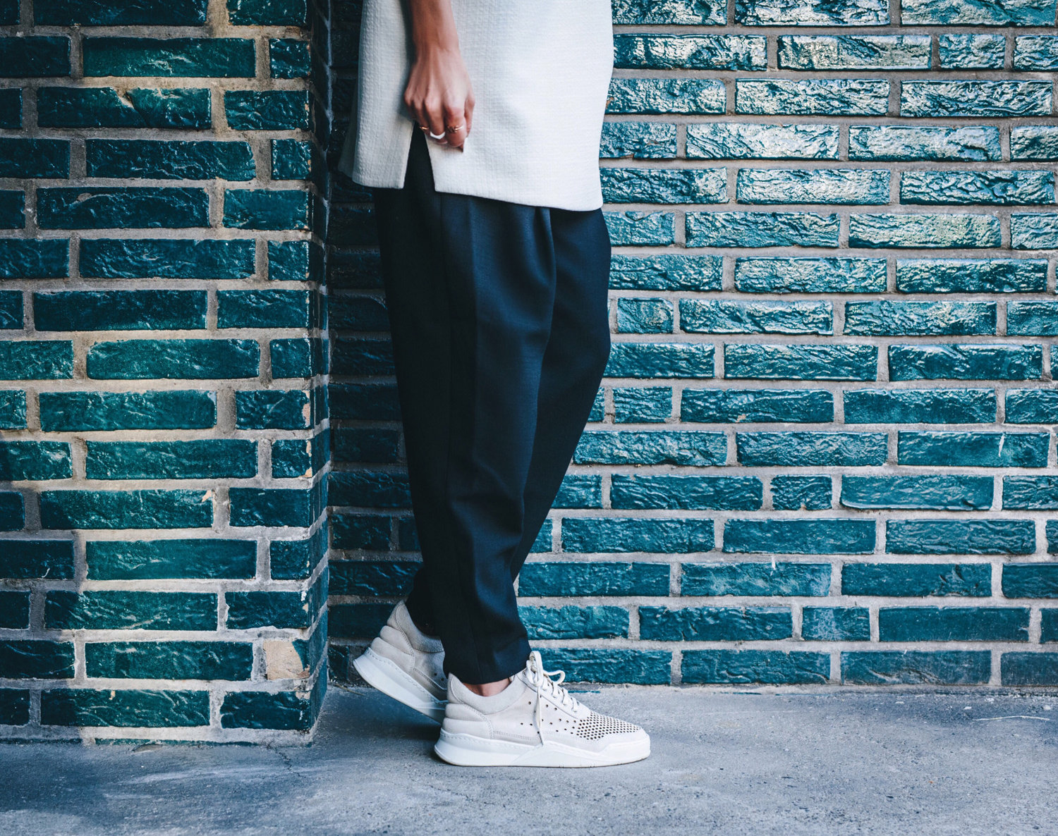 Ays_Yuva_Oversized_V-Neck_FillingPieces_Sneakers_07