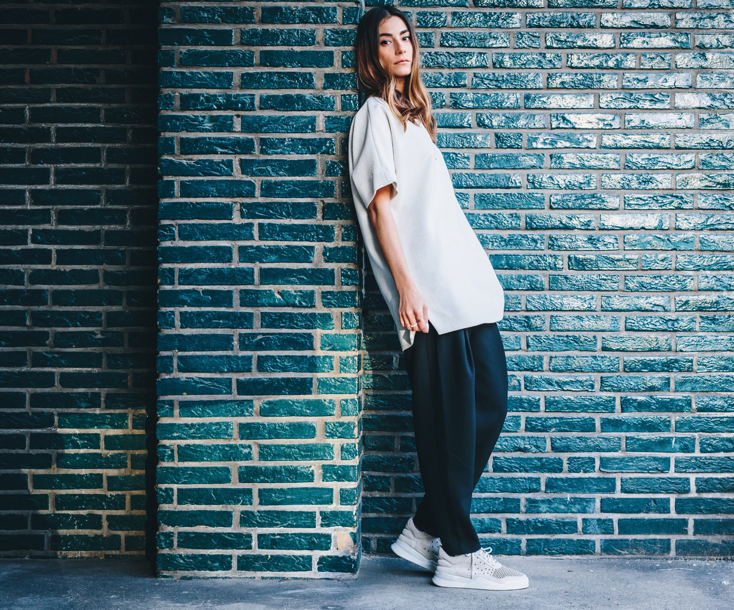 Ays_Yuva_Oversized_V-Neck_FillingPieces_Sneakers_13