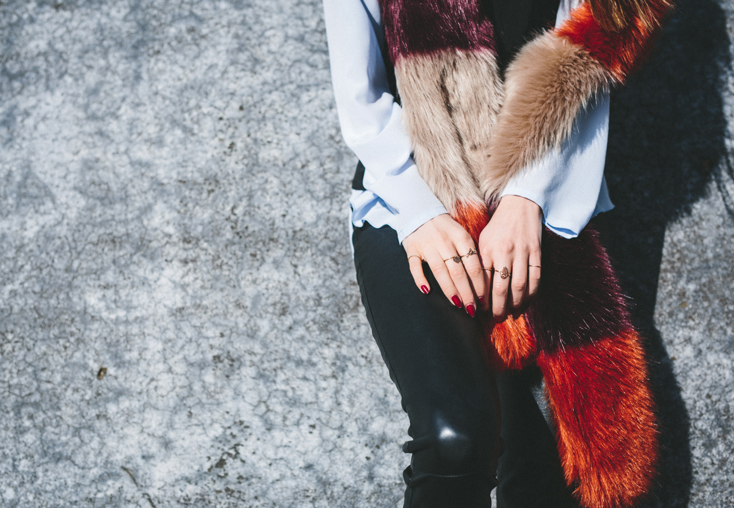AYS_YUVA_LEATHER_PANTS_STAND_OFFICIAL_FAKE_FUR_08